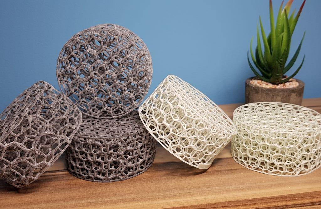 Zellulare additiv hergestellte Strukturen im organischen Design.